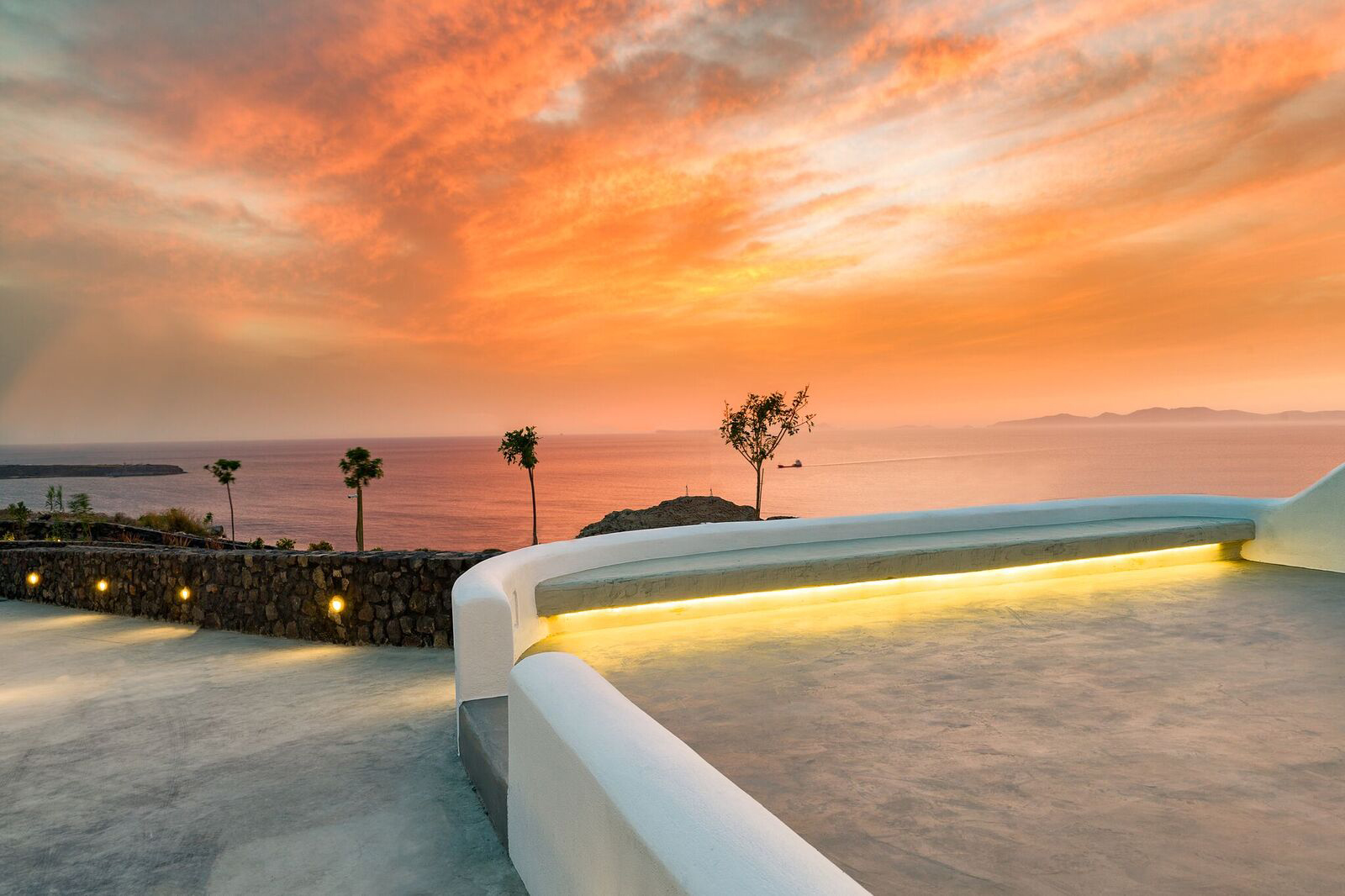Enjoy The Famous Oia Sunset From Your Private Jacuzzi