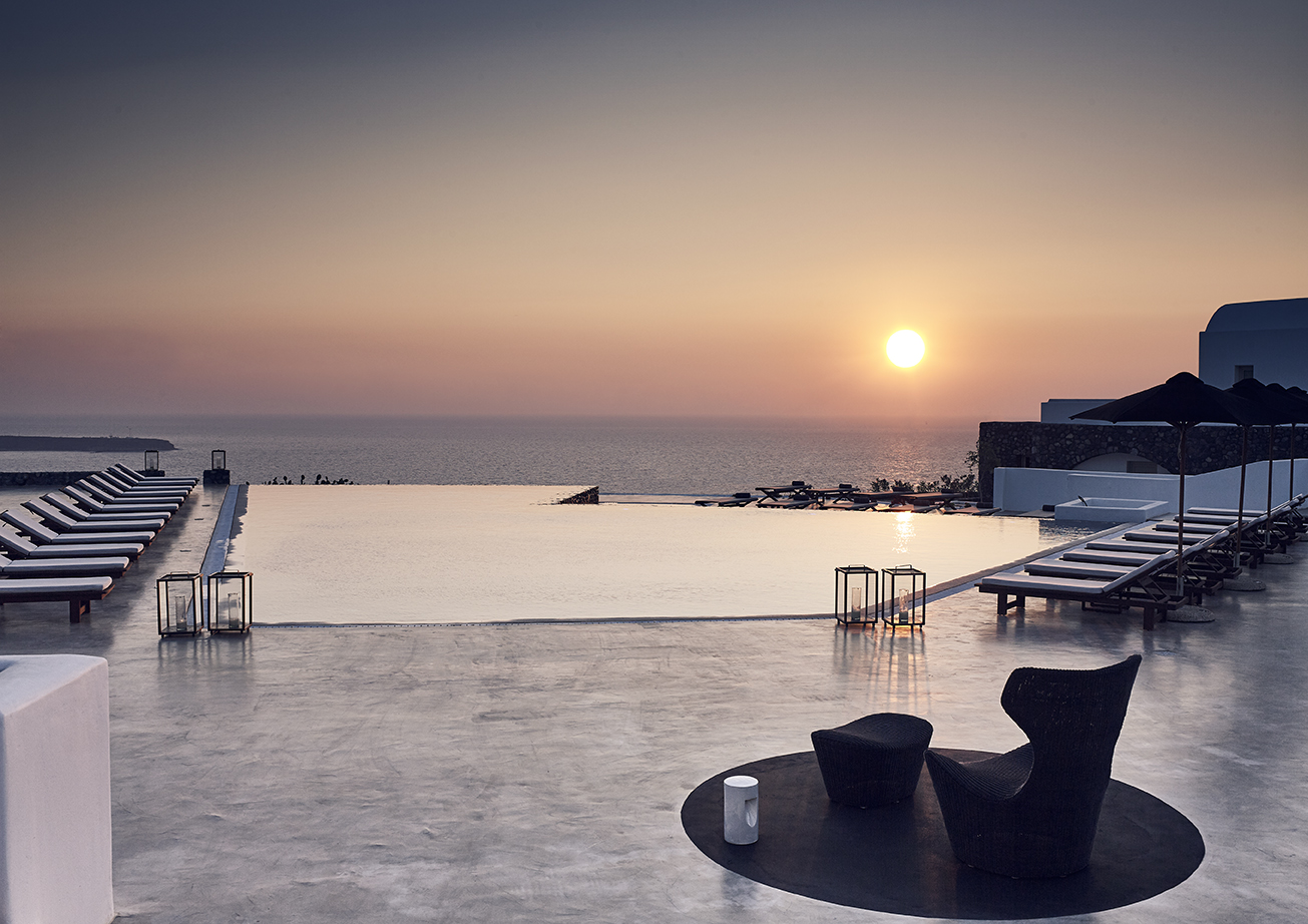 Santo Maris Oia Luxury Suites & Spa Opens Its Doors Again With Renewed Facilities And Services